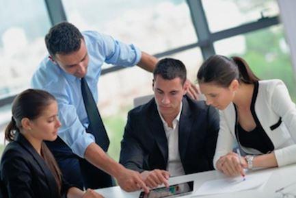 外資系企業の採用基準は、転職回数よりも、実績や経験が重視されるか?